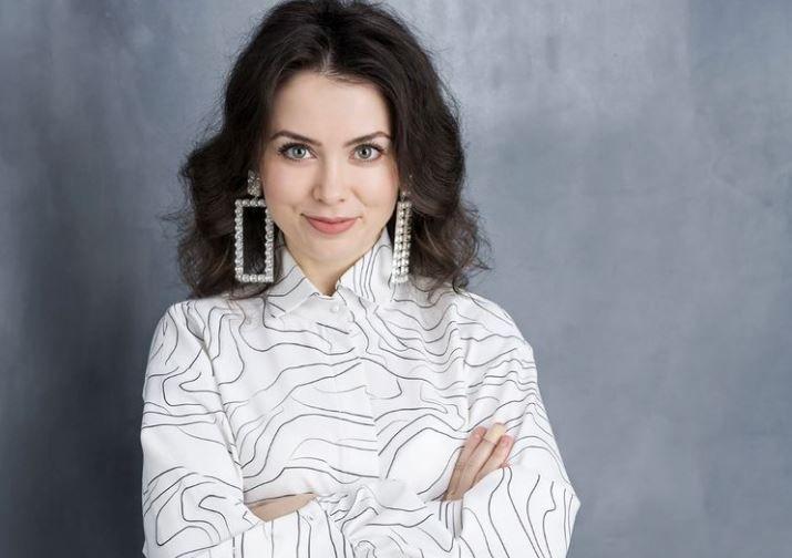 """Interviu cu Anca Dumitra: """"Am avut o stea norocoasă care a început să strălucească din ce în ce mai mult"""""""