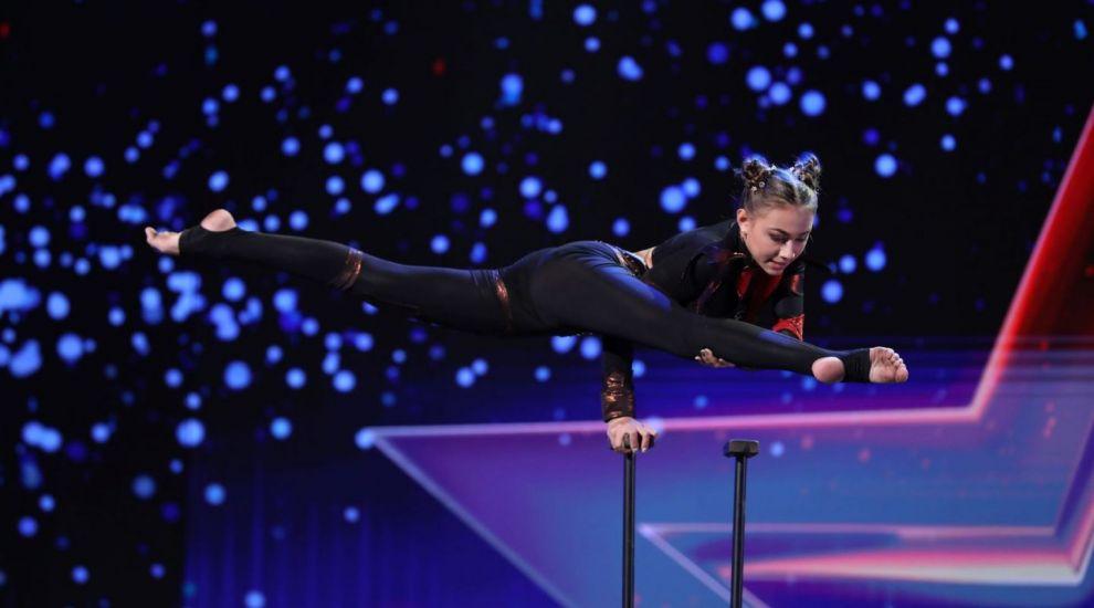 Românii au talent 2021: Diana Butan i-a cucerit pe jurați cu numărul ei de contorsionism la înălțime
