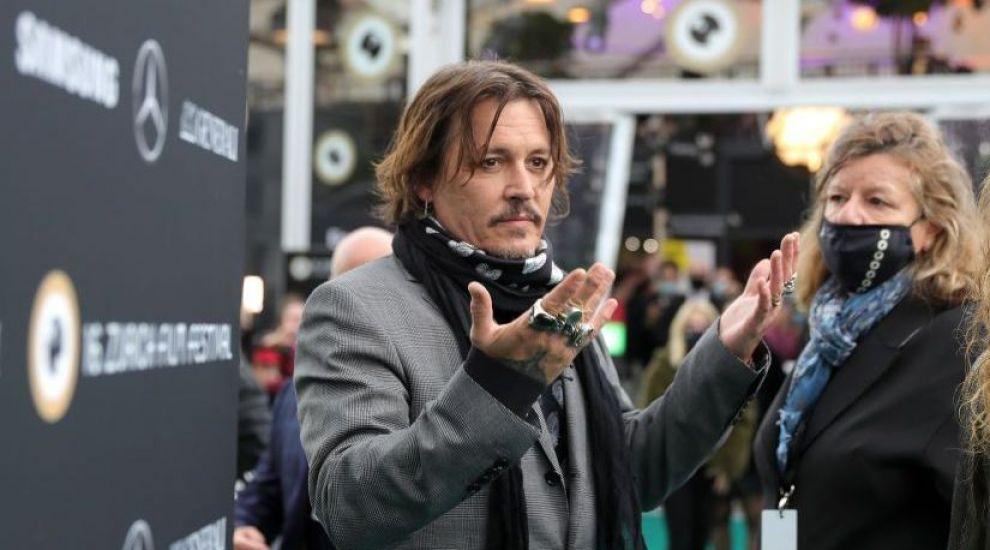 Un intrus a dat buzna în casa lui Johnny Depp ca să facă un duș. Reacția poliției