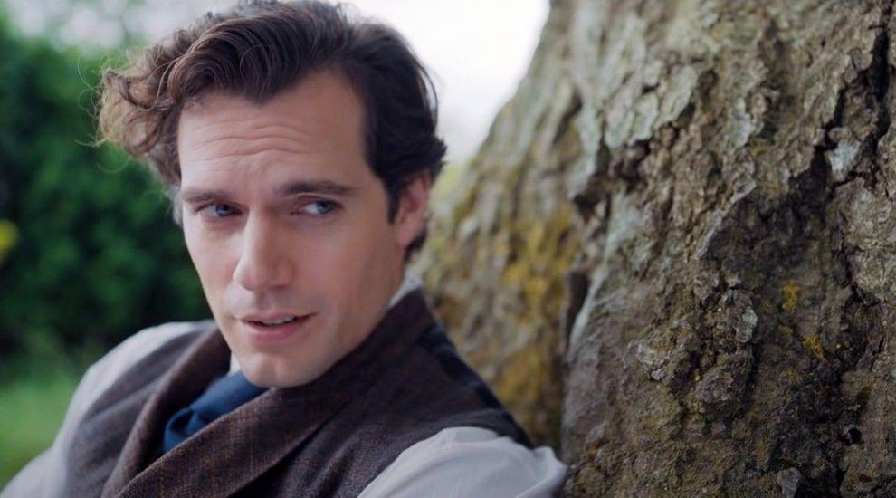 Cine e iubita lui Henry Cavill, interpretul lui Superman
