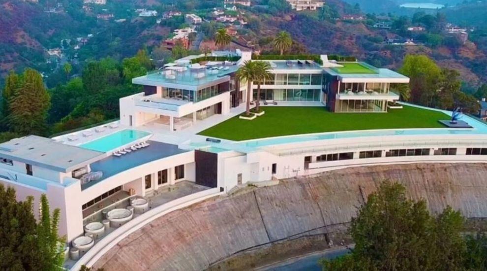 """Cum arată interiorul celei mai scumpe case din lume. Imagini spectaculoase din reședința numită """"The One"""""""