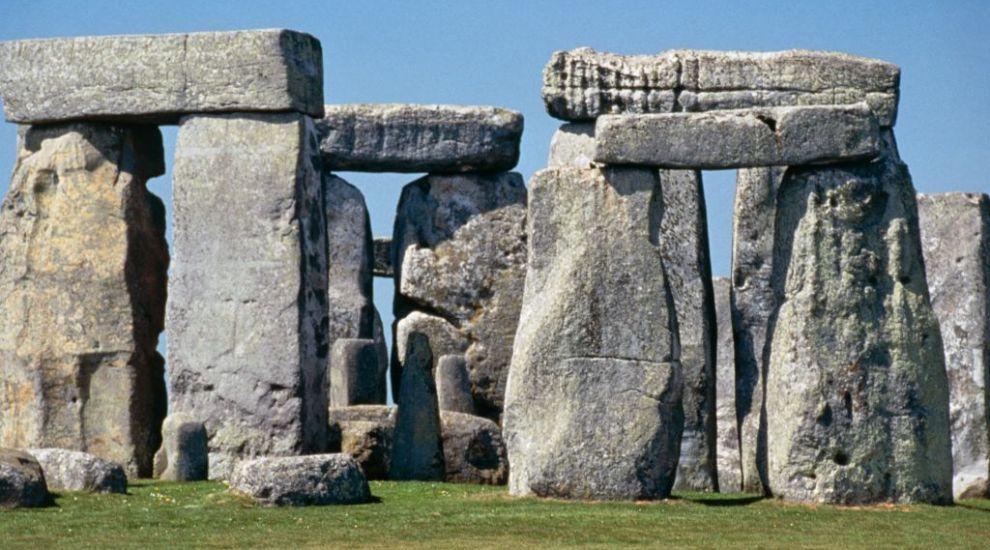 """Descoperirea de la Stonehenge care """"spulberă"""" toate teoriile despre celebrul monument"""