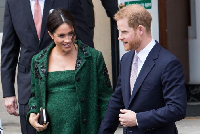 """Cum se va numi fetița lui Meghan Markle și a Prințului Harry? Care nume sunt """"favorite""""?"""