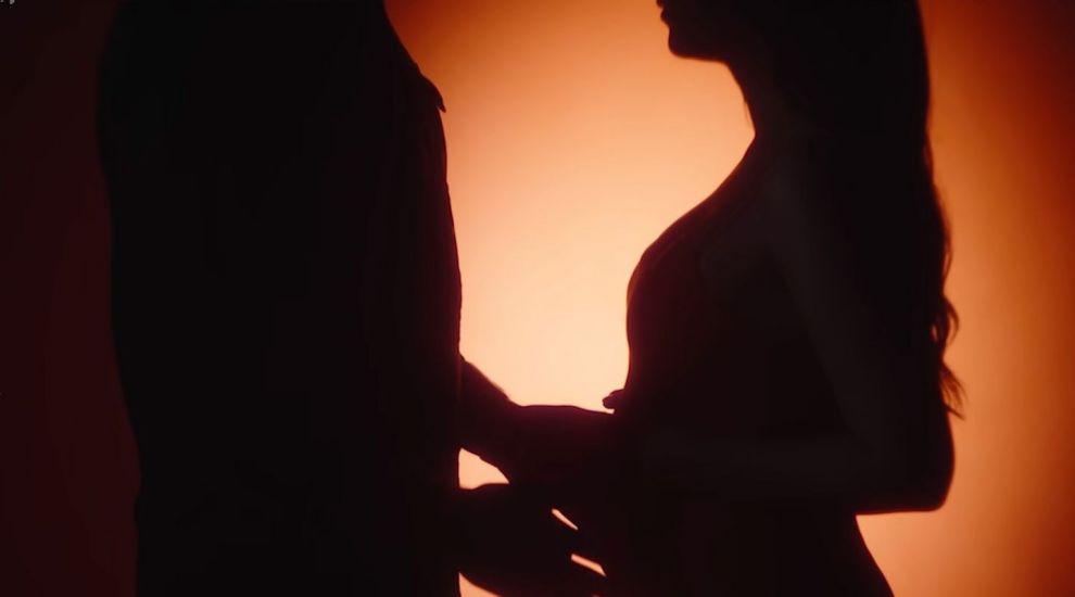 Nicole Cherry, numărul 1 în trending cu piesa Scrie-mi pe suflet, în care și-a dezvăluit burtica de gravidă