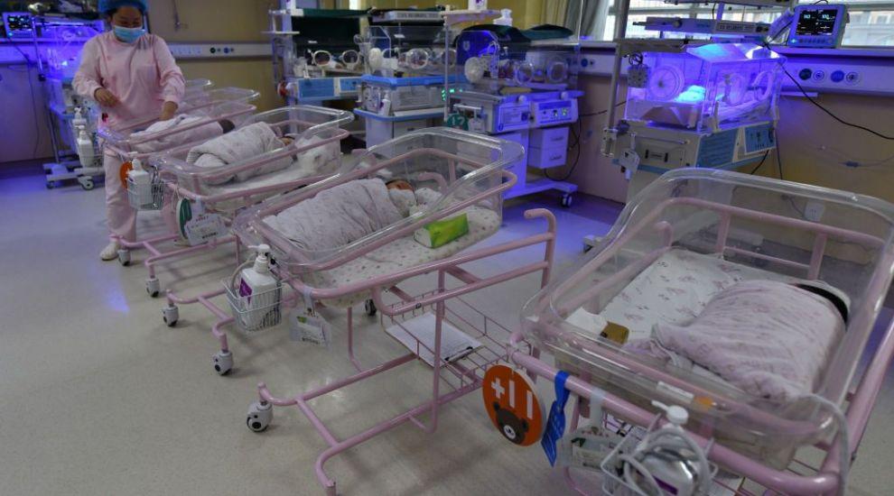 Ce s-a întâmplat cu femeia din Africa de Sud care ar fi născut 10 copii. Primele declarații oficiale