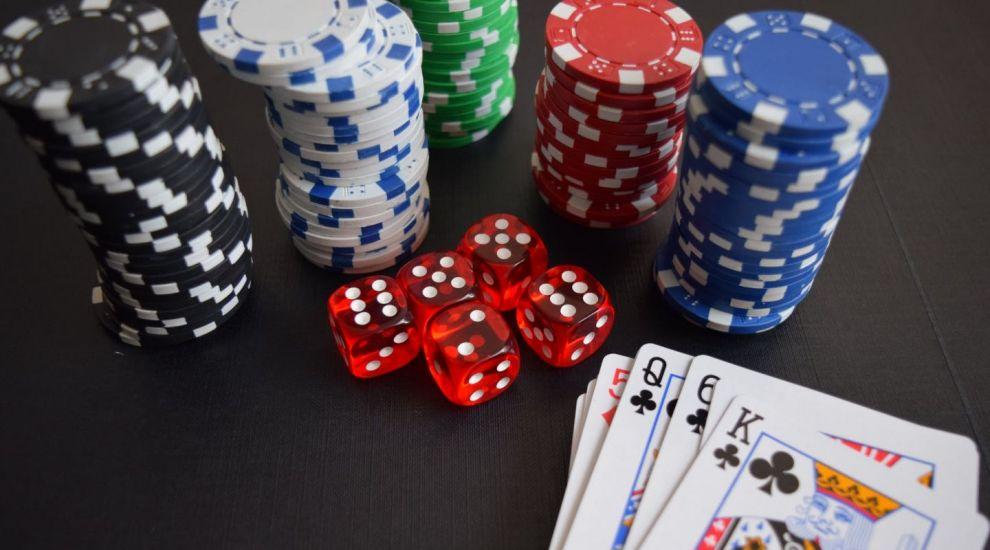 (P) De ce să joci doar la cazinouri online licențiate
