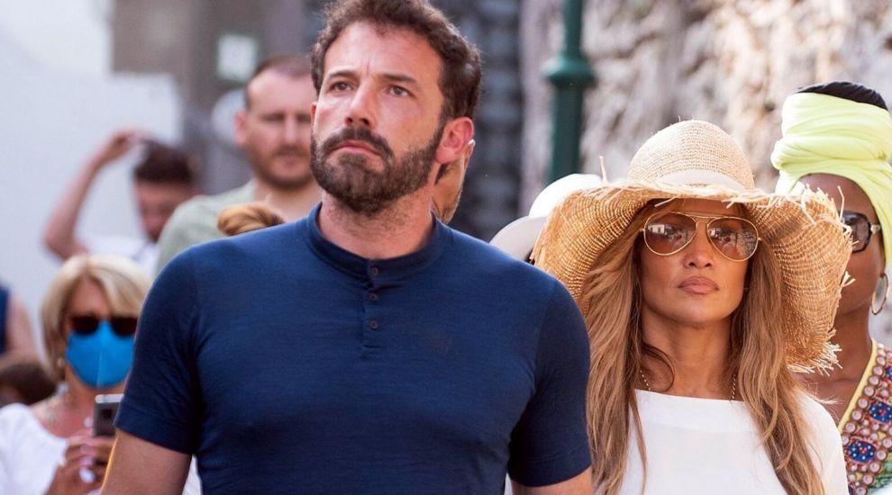Andreea Marin și iubitul, surprinși alături de Jennifer Lopez și Ben Affleck pe insula Capri