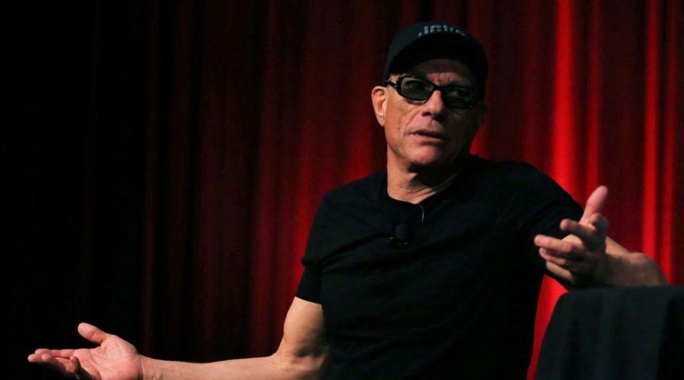 Jean Claude Van Damme, momentul adevărului: mai poate face șpagatul la 60 de ani?