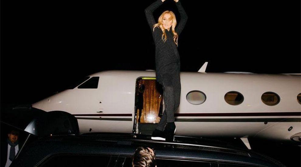 Céline Dion și-a cumpărat un avion privat. Cum arată aeronava pentru care a plătit 42 de milioane de dolari