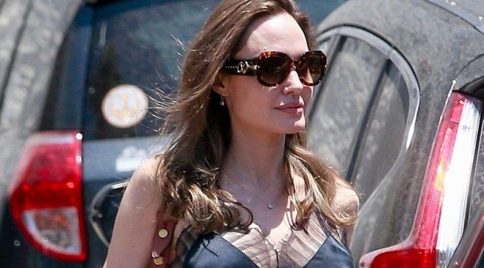 Angelina Jolie, la o nouă întâlnire romantică, dar cu alt bărbat. Cu ce actor a fost surprinsă de data aceasta vedeta