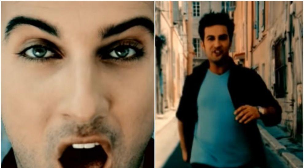 """Tarkan, de nerecunoscut. Cum arată """"după pandemie"""" cântărețul turc care făcea senzație în anii '90"""