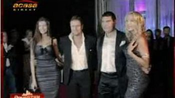 Vezi super imagini de la prezentarea de moda a Valeriei Marini, fosta iubita a lui Silvio Berlusconi!