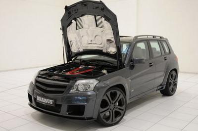 Cel mai rapid SUV din lume costa 400.000 de euro!