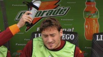 Roma, in finala Cupei Italiei, dupa 0-1 cu Udinese! Ce APARATORI IN CAP si-a luat Totti! :) FOTO!