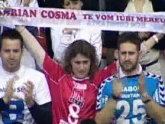 VIDEO! Cu lacrimi in ochi, 2000 de oameni i-au strigat numele lui Marian Cozma inainte de HCM - Veszprem
