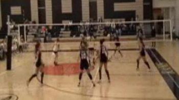 VIDEO / Si-a pierdut CAPUL! Un antrenor s-a razbunat pe o jucatoare cu o minge in fata: