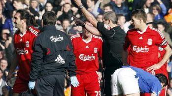 VIDEO / Fotbalul este un sport pentru BARBATI! Vezi cum s-a jucat derby-ul Liverpool - Everton!