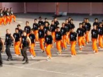 Michael Jackson traieste! VEZI o super coregrafie si niste dansatori care il imita perfect!