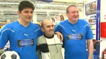 Hagi, Marcel Raducanu sau Boloni vor deschide super meciul dintre echipa suporterilor si legendele Romaniei