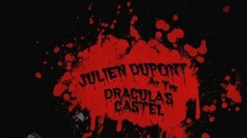 Imagini SPECTACULOASE! Ce mai tare freerider pe motocicleta l-a cautat pe Dracula la Bran