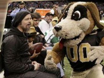 VIDEO: Brad Pitt a lasat filmul pentru un meci de fotbal!