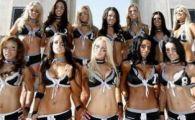 Nu e gluma! Americanii, innebuniti de campionatul de fotbal cu femei in lenjerie!