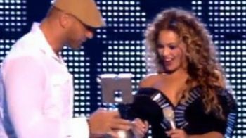 Batista a premiat-o pe Beyonce la MTV European Music Awards