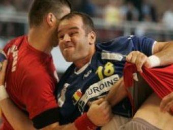 """Scandalul din handbal continua: """"Un vicepresedinte cu mustata a oferit bani arbitrilor!"""""""