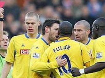 Premiership a luat-o razna: Fuller, eliminat pentru ca si-a palmuit capitanul!