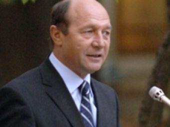 Campionii de la Beijing au fost premiati de Basescu. Video: