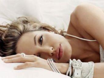 Bute e innebunit dupa Angelina Jolie si asculta 50 Cent!