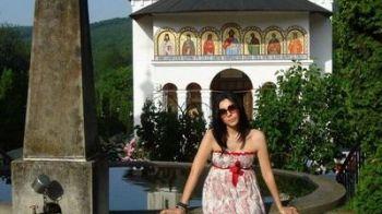 Corina Caragea, indragostita de Romania: a facut turul manastirilor din Moldova!
