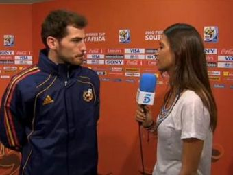 SUPER VIDEO! Casillas i-a dat interviu IUBITEI dupa ce si-a luat bataie cu Elvetia :)