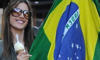 Super BOMBA sexy Alessandra Ambrosio tine cu Brazilia! FOTO
