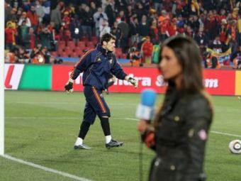 FOTO / I-a facut marcaj lui Casillas! Cum a trait Sara Carbonero meciul Spaniei cu Honduras!
