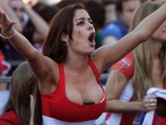 FOTO / Cea mai SEXY fana a Paraguayului revine in FORTA! Cum si-a sustinut echipa la meciul cu Noua Zeelanda: