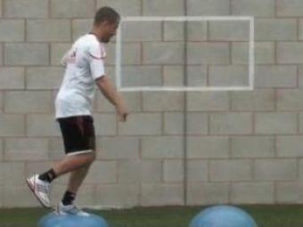 VIDEO: Antrenamente pe baloane! Cum arata pregatirile la Liverpool cu Roy Hodgson