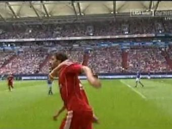 VIDEO Van Nistelrooy l-a eclipsat pe Raul la debutul in Germania! Schalke 2-1 Hamburg!