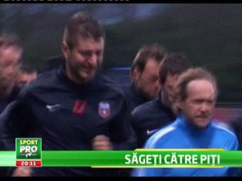 VIDEO! Primele imagini cu Apostol si Galamaz la Steaua! Ilie s-a speriat de Ricardo... e gras cat Ronaldo :)