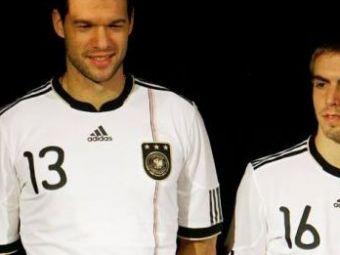 "Atacati pe la spate: ""Germania joaca un fotbal GAY si e controlata de o adunatura de homosexuali!"""