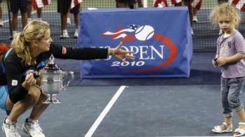 Clijsters a castigat din nou la US Open! A batut-o pe Zvonareva in 2 seturi!