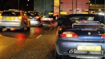 Gazza a fugit de la dezalcoolizare! A vomitat in mijlocul strazii din masina: