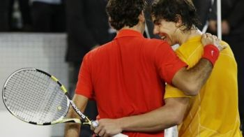 Nadal si-a luat revansa! L-a batut pe Federer in al doilea meci demonstrativ!