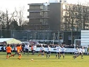 VIDEO / Van Hooijdonk ramane ZEU la lovituri libere! Vezi ce gol a dat legenda lui Feyenoord!