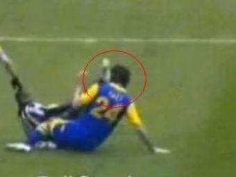 Gest incredibil in Serie A! Felipe Melo si-a facut KO un adversar cu o schema de Kung Fu! VIDEO