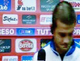 Vezi reactia pe care a avut-o VICTIMA lui Chivu dupa meci! Materazzi l-a potolit!