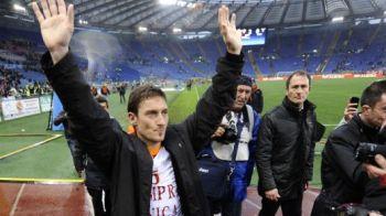 FOTO / Imagini SUPERBE: Ce mesaj a avut Totti pentru fanii Romei si cum a fost primit ca un ZEU: