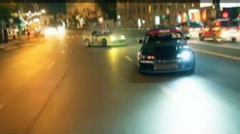 "VIDEO HD: Haos in Moscova dupa 12 noaptea! Rusii fac drifturi ""mortale"" in inima strazii!"