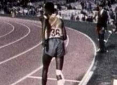 VIDEO EMOTIONANT! Cel mai mare gest de CURAJ din istoria sportului! A facut un stadion intreg sa PLANGA