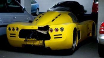 FOTO INCREDIBIL! Te apuca PLANSUL: Super masini de peste 10 mil de euro, facute PULBERE de soferi nebuni!